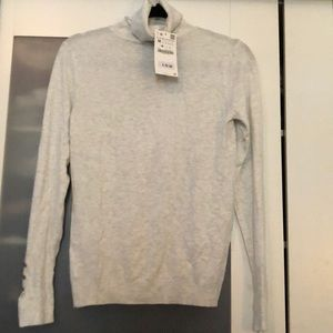 NWT Women's Zara Turtle Neck Fine Knit Sweater